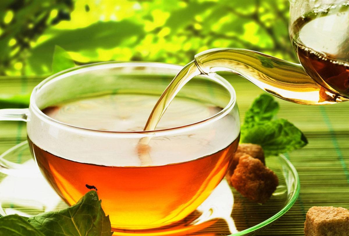 Чай травяной и зелёный