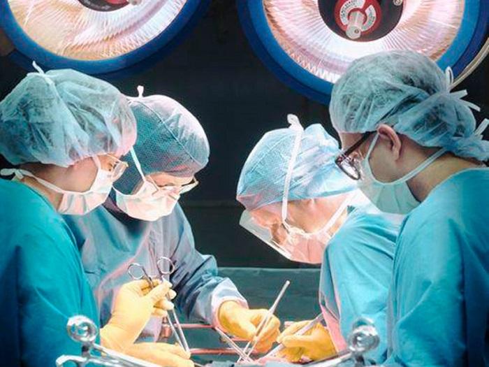 операция на сонных артериях
