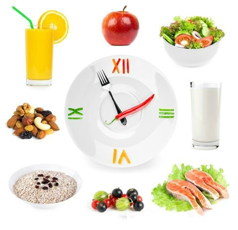 Режим питания - 5 - 6 раз в день, маленькими порциями