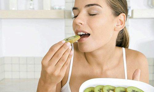 помощи киви сжигается лишний жир