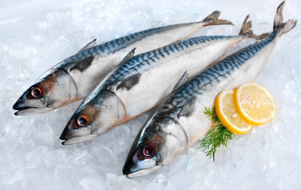 В состав рыбы входят микроэлементы нормализующие кровоток