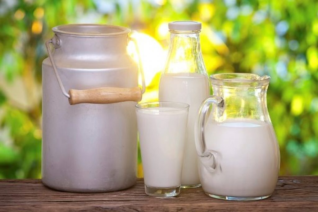 употребление козьего молока ежедневно, снижает индекс артериального давления